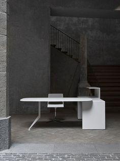 most-desk