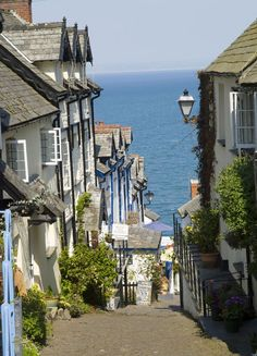 Clovelly @ England. Love this town - no cars and steep, steep streets.