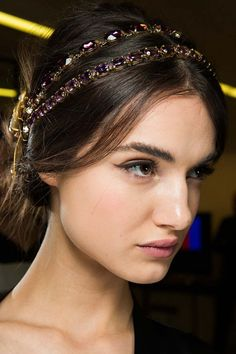 Looks From MFW Fall 2015: Dolce & Gabbana #makeup #hairstyle #bestlooks #fashionwomancom