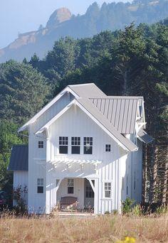 Oregon coast residence. Architect Duncan McRoberts Associates. Duncan McRoberts photo.