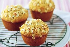Apple, Oat and Sultana Muffins....these muffins are a great school lunchbox, mid-morning or afternoon snack, full of fibre!