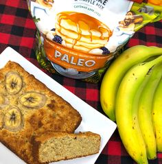 Fair warning, you are going to want to store this banana bread somewhere out of sight, otherwise you will run the serious risk of eating the whole loaf far too fast. It's that stupid delicious. Paleo Banana Muffins, Paleo Banana Bread, Paleo Bread, Low Carb Bread, Banana Pancakes, Pancake Mix Uses, Smoked Meat Recipes, Keto Recipes, Oven Recipes