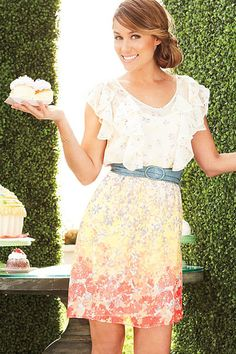 {looooove this dress! (if it were longer)}