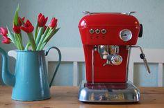 Ascaso Dream UP Espresso Machine Love Red Contemporary Kitchen Tables, Modern Kitchen Furniture, Bar Furniture, Espresso Coffee Machine, Coffee Maker, Coffee Bar Home, Espresso Drinks, Coffee Photos, Colour Pallete