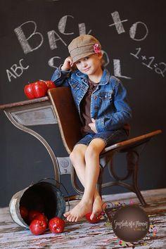 Preschool Photography, Children Photography, Newborn Photography, Photography Ideas, Back To School Party, School Parties, First Day Of School, Back To School Pictures, School Photos