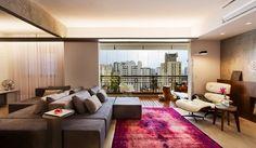 Sofá dupla face em ambientes integrados - otimize espaço na sua casa/apartamento com essa tendência! - DecorSalteado