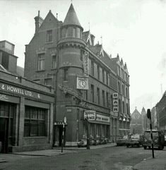 Zodiac Lounge, now Bruxceles, looking toward St Anne's Street