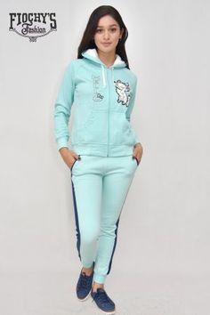 Conjunto Deportivo Azul con Raya Rosa - Fiochys   Gamarra - Ropa en Perú Blazers, Shorts, Tv, 15 Dresses, Babydoll Sheep, Winter Time, Pink, Bath Robes, Car Girls