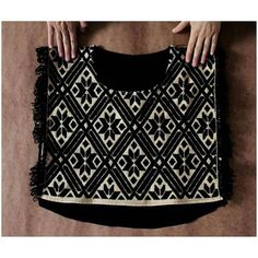 ¡Nuevas cosas a finales de la semana en nuestra tienda en linea!  #bordado #embroidery #hechoamano #handmade #textures #texturas #textil #textile #modaetica #ethicalfashion #revoluciondelamoda #fashionrevolution #fairtrade #comerciojusto  #fairtradefashion #compralocal #buylocal