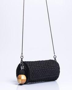 Crochet Placemat Patterns, Crochet Wrap Pattern, Crochet Tote, Crochet Handbags, Macrame Patterns, Crochet Purses, Knit Crochet, Diy Bags Purses, Diy Purse