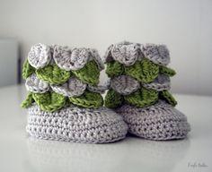Bamboo and wool baby booties 0-3 months handmade door larbotriki
