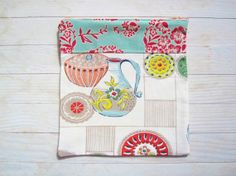 Zipper pouch with 50's vintage kitchenware cotton in by poppyshome, $9.00