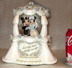 Disney Mickey & Minnie Mouse Snow Globe Music Box Elaborate Wedding Cake Topper