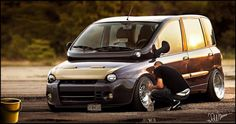 Well, this is rather an interesting attempt to improve a Fiat Multipla...          Dat stance tho... - Tuning