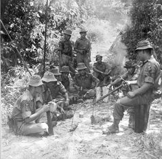 007 Malaysia, Malay troopers at side of road during the