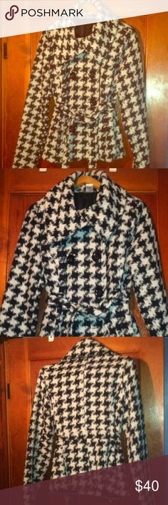 Houndstooth winter pea coat Missing one black button on the bottom.  SUPER warm!! Jackets & Coats Pea Coats