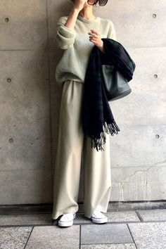 Pin on ファッション Office Outfits, Chic Outfits, Fashion Outfits, Womens Fashion, Work Fashion, Modest Fashion, 90s Outfit, Neutral Outfit, Japanese Outfits