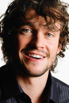 Those eyes- that smile... Hugh Dancy