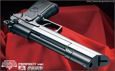 Western Arms Beretta 92FS Equilibrium Find our speedloader now! http://www.amazon.com/shops/raeind