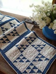 Tiny Pieces Antique Blue Amp White Cats Cradle Quilt Table Runner 54x13 | Vintageblessings