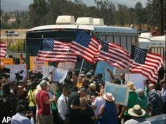 ALERT! #Feds Bringing In Riot Squads to Battle Protesters of Illegal Immi...
