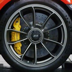 Porsche 911 GT3 RS wheel design