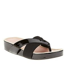 Taryn Rose Womens Argyle Thong Sandals (FootSmart.com)