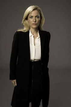 Here's a new one of Stella Gibson too for Gillian Anderson's fans #TheFall