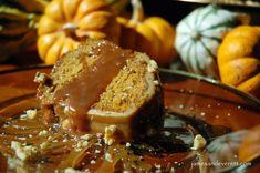 Pumpkin Cake with Maple icing | James & Everett Pumpkin Pie Mix, Canned Pumpkin, Caramel Apples, Apple Caramel, Ice Cream Toppings, Moist Cakes, Cake Batter, Pumpkin Recipes, Icing