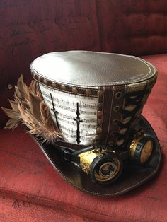 steampunktendencies: TOP HAT TUESDAYS! Unfortunately I could not find the source for this lovely top hat, so if you do, let me know. :) Source : Steampunk Tendencies Community
