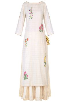 Ayinat presents Ecru mughal botanic embroidered kurta and stripe sharara pants set available only at Pernia's Pop Up Shop. Kurti Designs Party Wear, Kurta Designs, Pakistani Fashion Casual, Indian Fashion, Indian Dresses, Indian Outfits, Embroidery Suits Punjabi, Beautiful Suit, Pernia Pop Up Shop