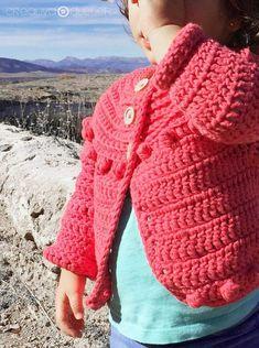Chaqueta de Crochet Burbujitas para niña [ Tutorial y Patrón GRATIS ] Baby Cardigan Knitting Pattern, Knitting Patterns, Crochet For Kids, Crochet Baby, Baby Crafts, Crochet Clothes, Fingerless Gloves, Arm Warmers, Crochet Projects