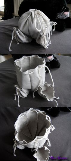 While medieval reproduction purses are simple to find here, and informations on them, it is hard to get something that's OK for late century. I've seen drawings from such purses as my one befo. Handbags Online, Online Bags, Diy Fashion, Fashion Bags, Potli Bags, Landsknecht, Belt Purse, Pouch Pattern, Dice Bag
