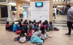 Hemos recibido varias visitas de grupos de escolares a la exposición 'El Azúcar en la provincia de Málaga', que acogemos en El Ingenio, centro comercial. Un placer tenerles y sobre todo ver esa cara de interés por conocer la historia agroindustrial de su tierra.