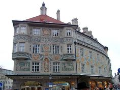 Frescoed facade of the Ruffinihaus  (Ruffini House), Rindermarkt, Munich
