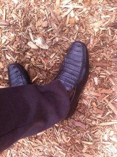 Zapato de cocodrilo café