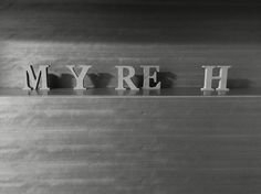 M.Y.R.E.H イニシャル…