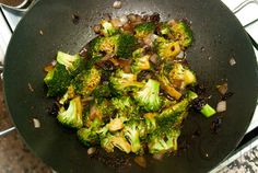 Broccoli and Dried Tomatoes Macaroni!!! | Titicrafty by CamilaTiticrafty by Camila