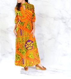 Psychedelic Maxi Dress with Keyhole Neckline and Bell Sleeves Size Small - Medium Psychedelic Pattern, Vintage Outfits, Vintage Clothing, African Fashion, Perfect Fit, 1970s, Bell Sleeves, Wrap Dress, Latest Ankara