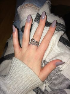 grey acrylic nails