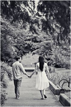 Beautiful!! | Antonia and Jimmy's New York Botanical Garden Engagement Session » Hales Studio
