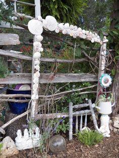 yard art with frame