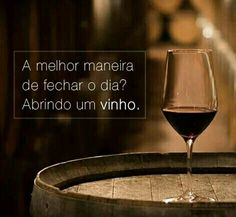 Wine Drinks, Alcoholic Drinks, In Vino Veritas, Beer Bar, Fat Burning Workout, Fine Wine, Red Wine, Food And Drink, Good Things
