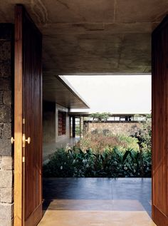 The Space In-Between   Utsav House, Mumbai - Studio Mumbai