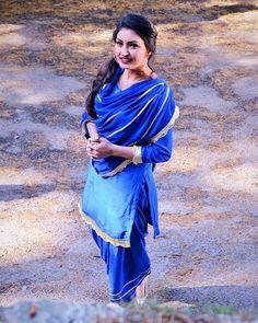 anmol gagan maan looking beautiful in blue Simple suit