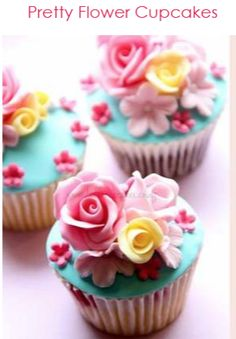 Check out what our baker just whipped up! If you want this gorgeous step by step Flower Cupcake recipe, just sign up to our Cake Decorating Club it's FREE and there's many more recipes, tips, tricks, and tutorials to come. Get Creative with Curtzy! Click here to sign up: www.curtzy.com/signup.php #cakes #recipe #free #tutorial #flower #cupcake #cake #cupcakes #fondant #sweet #bake #baking