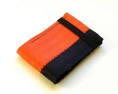Minimalist credit card wallet by @.retool. #SFesty