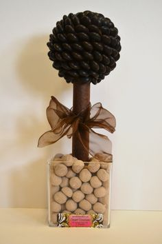 Father's Day chocolate tree Chocolate Tree, Sweet Trees, Topiaries, Fathers Day, Place Cards, Place Card Holders, Seasons, Gifts, Hens