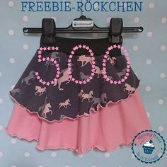 Thanks for 500 likes on fb. There& a FREEBIE for that - the freebie skirt . : Thanks for 500 likes on fb. There is a FREEBIE – the Freebie-Skirt 500 free sewing patterns free skirt pattern freebook skirt Sewing Patterns For Kids, Baby Knitting Patterns, Sewing For Kids, Skirt Pattern Free, Free Pattern, Knit Baby Dress, Knitting For Kids, Baby Sweaters, Sewing Clothes