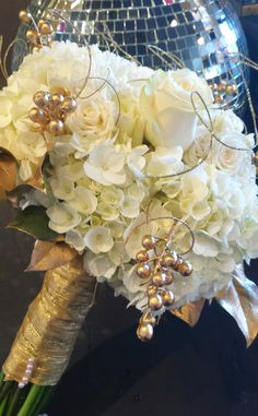 New Years Eve black and gold wedding. Bridal bouquet was all gold and white with white roses, hydrangea, gold painted salal leaves, gold berries, and gold ting. Gold Wedding Bouquets, Gold Bouquet, Gold Wedding Decorations, Gold Wedding Theme, Bride Bouquets, Flower Bouquet Wedding, Wedding Ideas, Dream Wedding, New Years Wedding